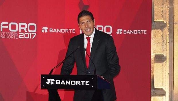 BANORTE, CARLOS HANK GONZALEZ, FORO BANORTE